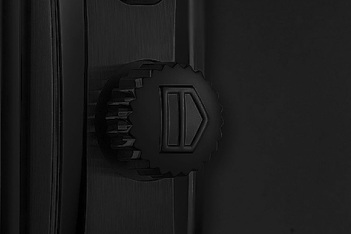 Tag Heuer Calibre 12 automaticoRed Taste - Limited Edition /10  Black Venom Dlc - Pvd